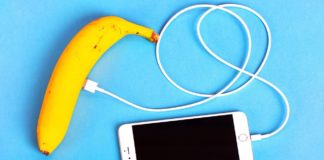23 Cool phone hacks and crafts